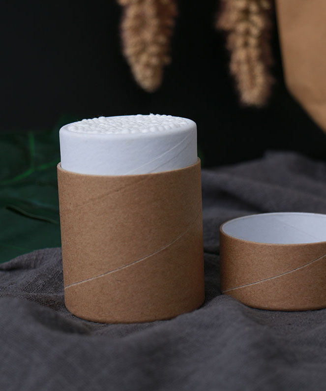 Bamboo cotton swabs in cardboard tube