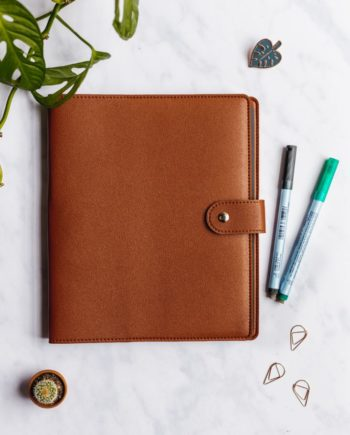 Leather-free protection cover for your Asoki Planner, colour hazelnut