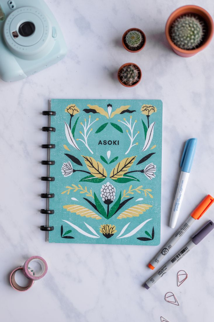 Sustainable and reusable zero waste Asoki Planner with a floral design by Sanny van Loon